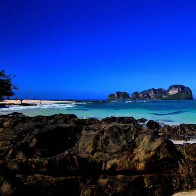 Phi Phi Islands and Bamboo Island, Maya Bay Day Tour by Speedboat