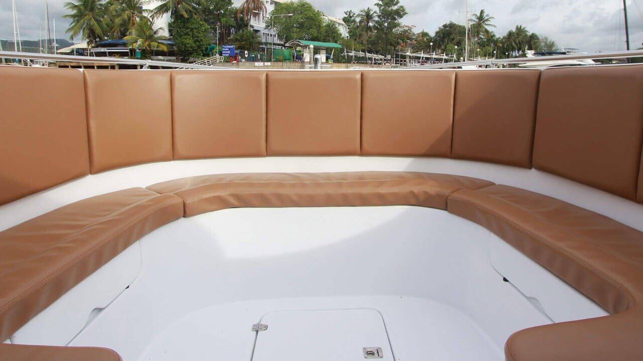 Speedboat Triple Engines 750HP (3X250HP)