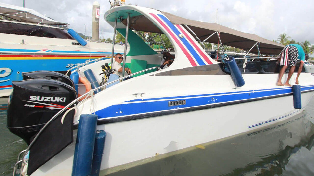 Speedboat Twin Engines 400HP (2X200HP)