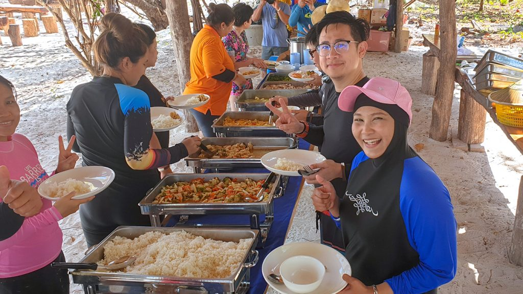 Lunch Sali Island Myanmar